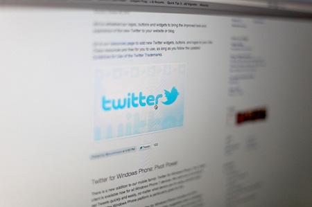 Twitter будет рекомендовать интересные аккаунты